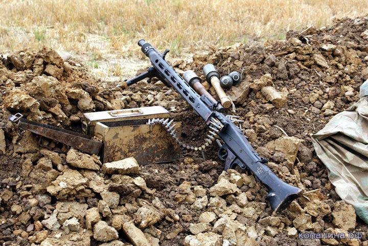 скачать обои на рабочий стол - немецкое оружие пулемет МГ